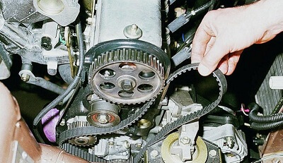 Починка механизма распределения газов